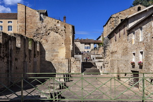 Bourgogne - Cluny - Colonnes