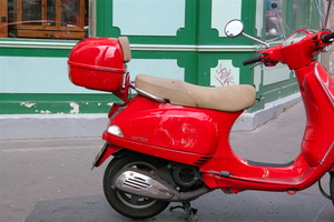Île de France-Paris Capitale - Paris 9° - Scooter