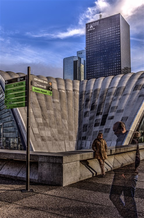 ladefense-tourareva-intention.jpg